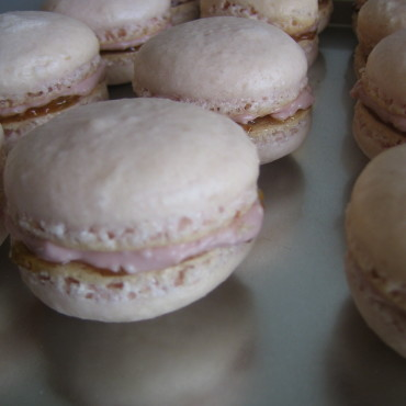 Raspberry Fig Macarons