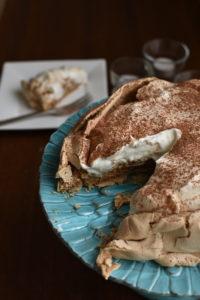 Cappuccino crunch - espresso pavlova dessert